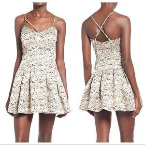 Lovers & Friends Abbie Dress Size Medium